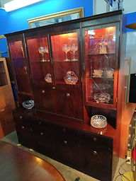 Vitrina - Display cabinet 175 x 45 cm. 195 cm. Alto/High 195€