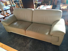 Sofá 3 plazas - 3 seater sofa 215 x 90 cm. 245€