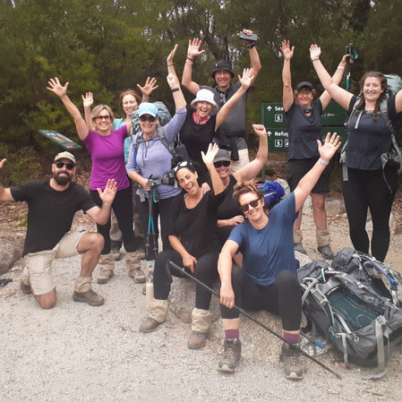 8 Benefits Of Group Hiking
