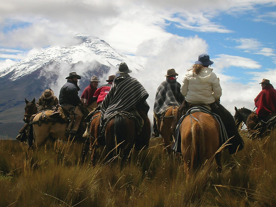 4 Days Andes Compass Tours from Quito