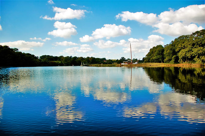 The easiest and best way to see the Beaulieu River and to get to the Master Builder's in Buckler's Hard is with The Salamander Sailing Adventure Beaulieu River Luxury Boat Trip Call or Text 07798 524111