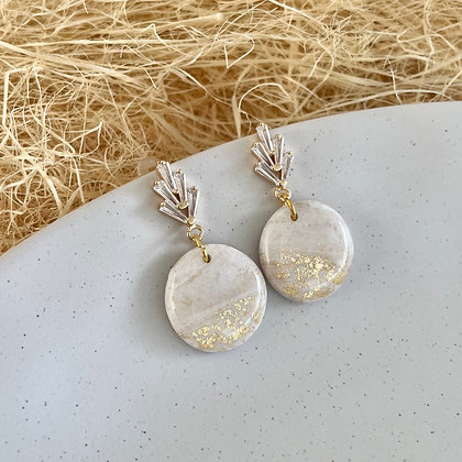 Marble with Gold Fleck - Circle
