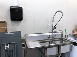IPC wash sink
