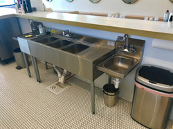 sink-wet bar