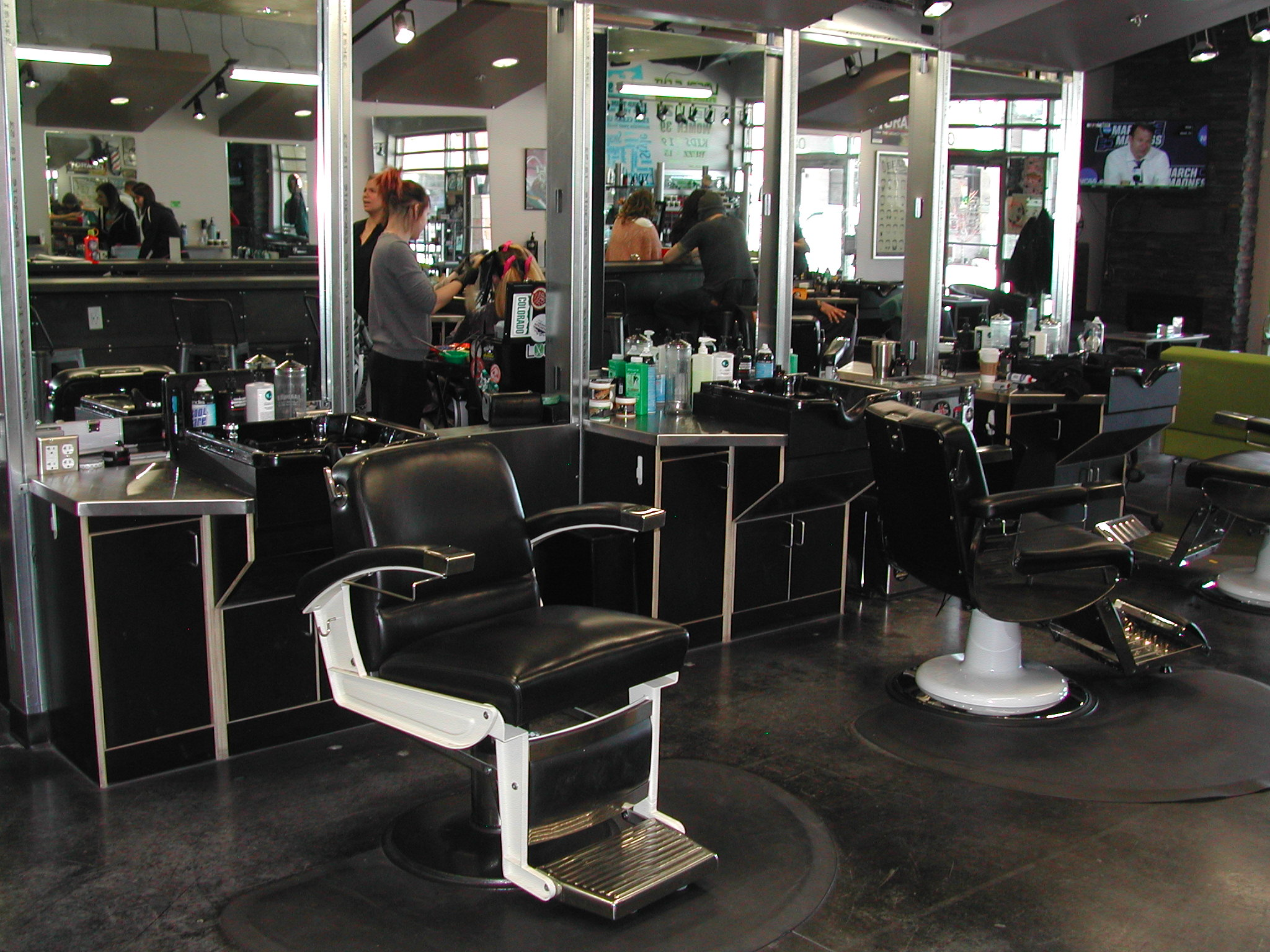 Hair styling chairs 3
