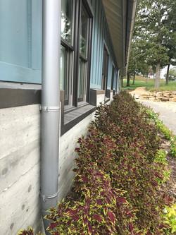 Side shot - concrete with cedar design d