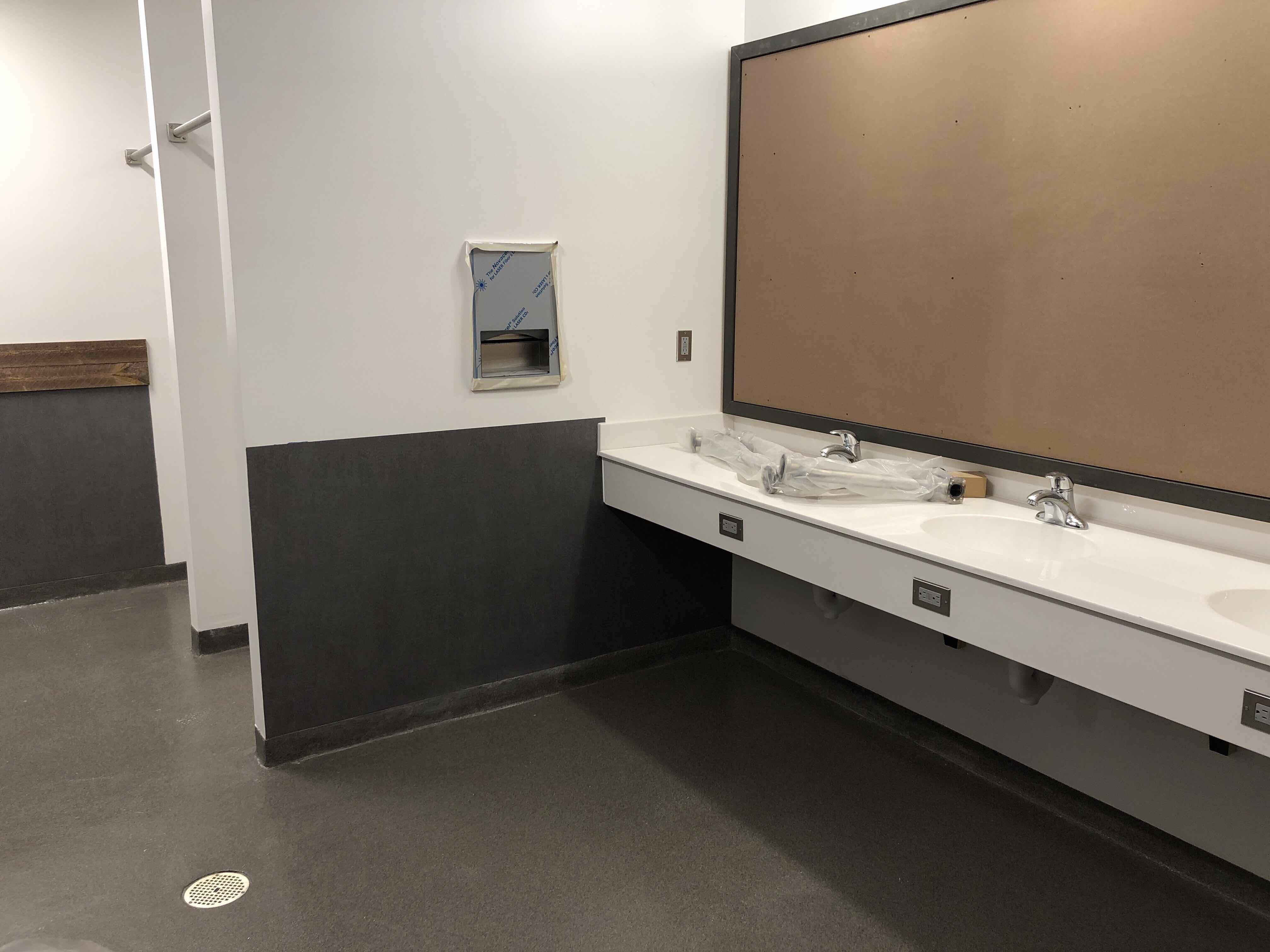 Restroom & Countertops