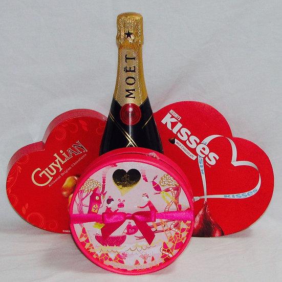 Valentine Champagne & Chocolate