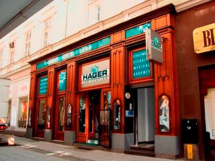 Hager Fashion 1990.jpg