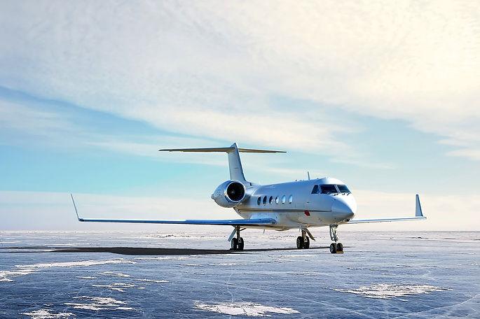 airplane-5645875_1920.jpg