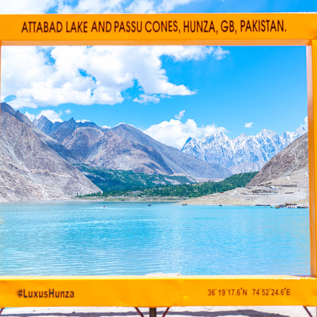 Luxus Hunza | The Frame