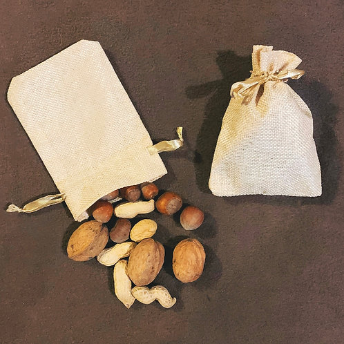 Mixed Nuts in Shells Foraging Bag