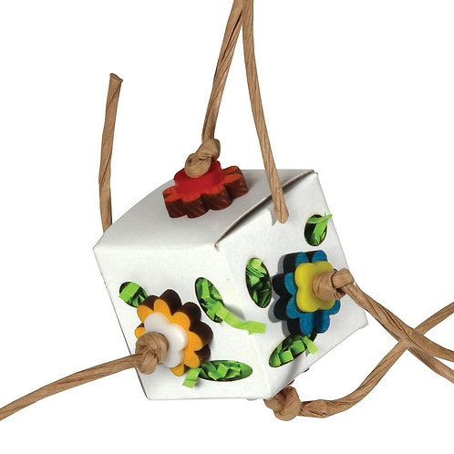 Hanging Foraging Cube