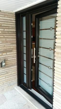 EUROPEAN_PVC_ENTRY_DOOR_117