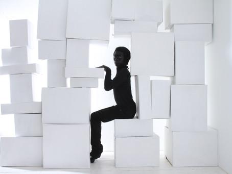 動かす感覚を確かめよう!:その3〜姿勢を正す時