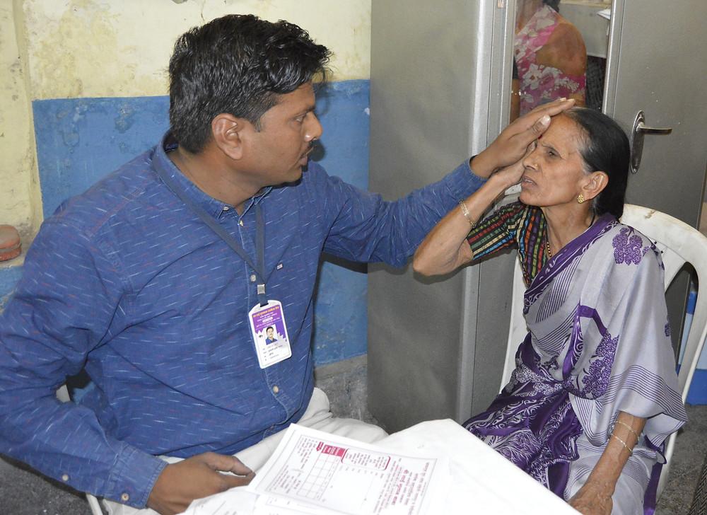Ophthalmologist Dr Lahane