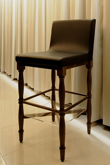 8-Bisous Original High chairs.JPG