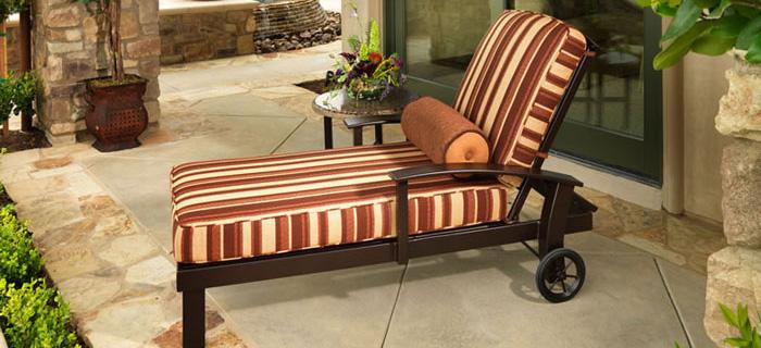 wicker-furniture