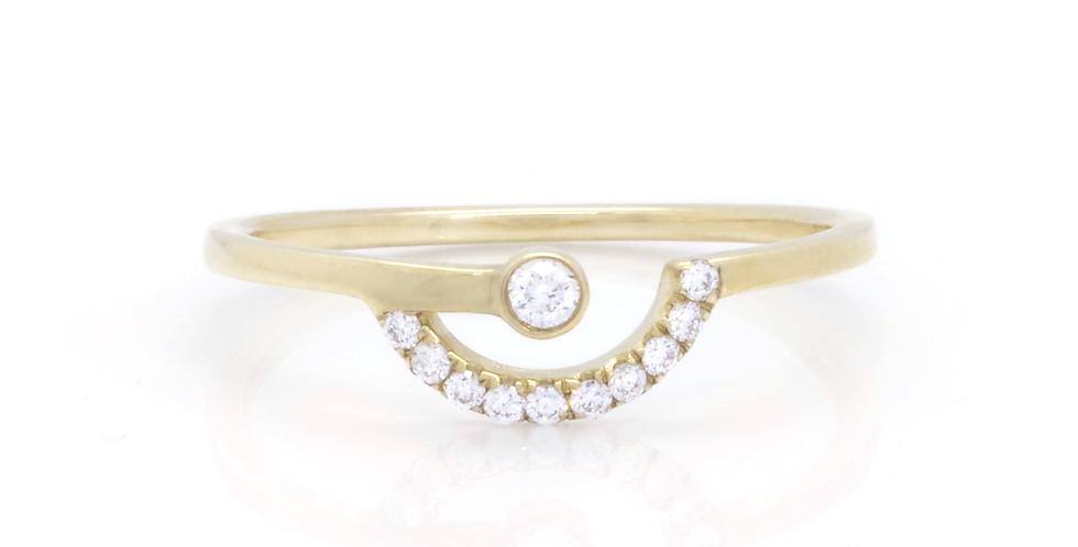 DIAMOND CURVE RING