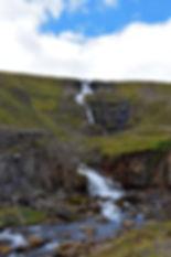 Rjukandi waterfall cascade islande icealand route 1 road