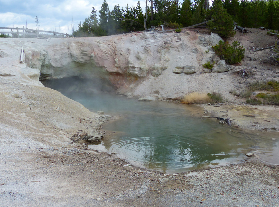 Yellowstone National Parc Norris Geyser Basin Green Dragon Spring