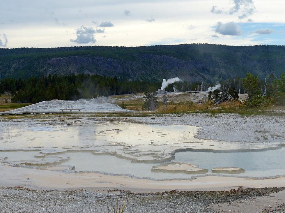 Yellowstone National Park Upper Geyser Basin Doublet Pool