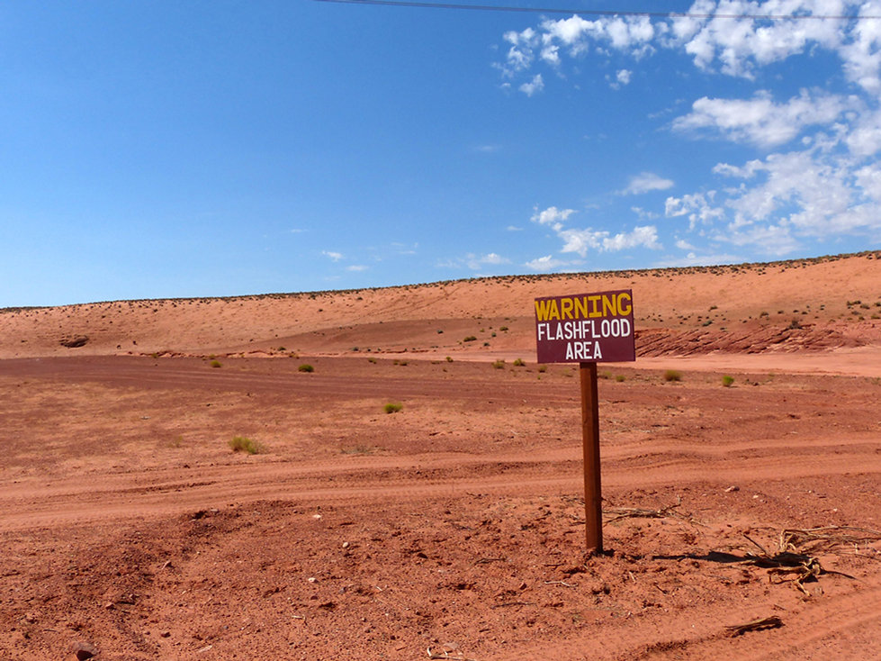 Upper Antelope Canyon road