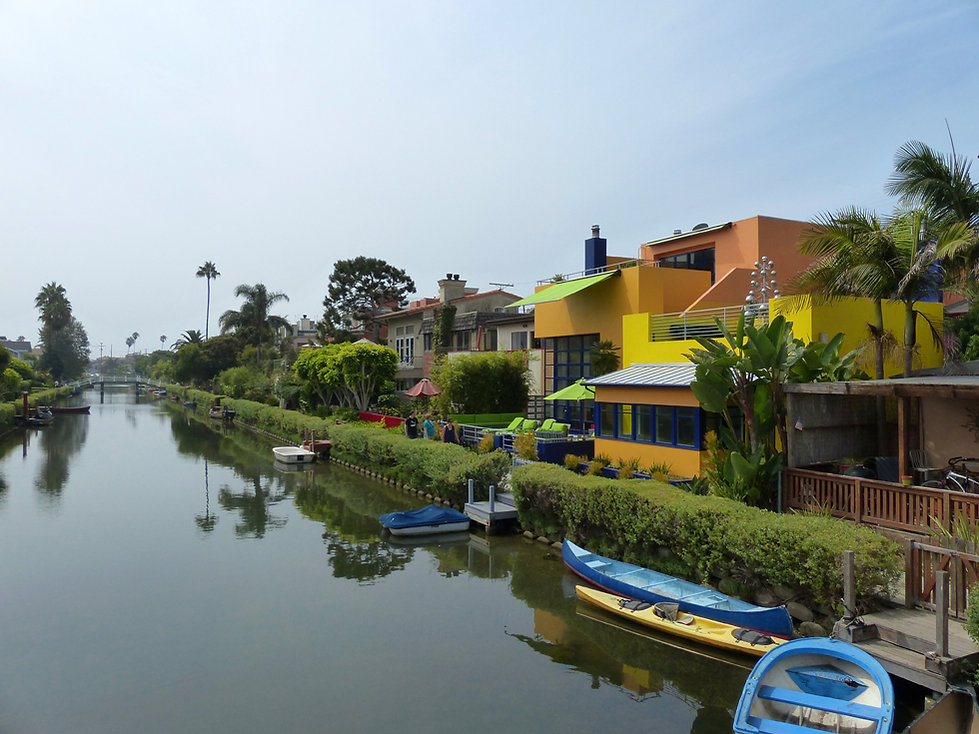 Los Angeles Venice canals modern houses