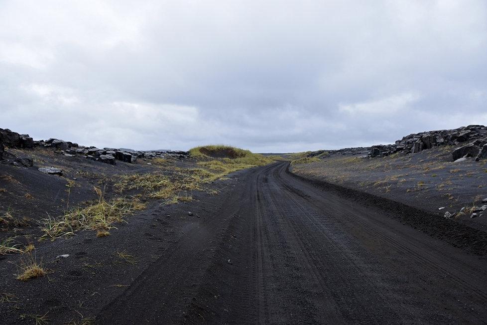 F88 piste track sable sand desert aska access islande iceland