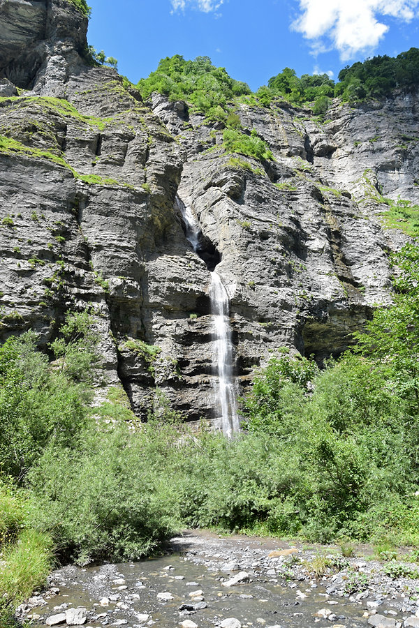 Sixt Fer à Cheval - Cirque du Fer à Cheval - Randonnée - Fond de la Combe - cascade