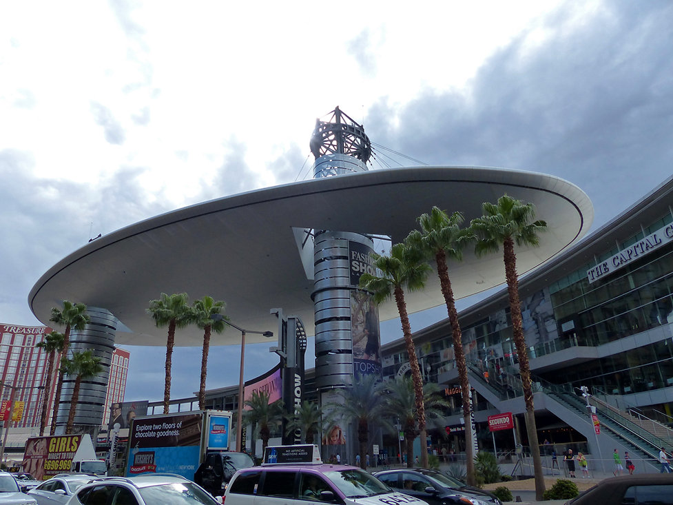 Las Vegas Fashion Show Mall