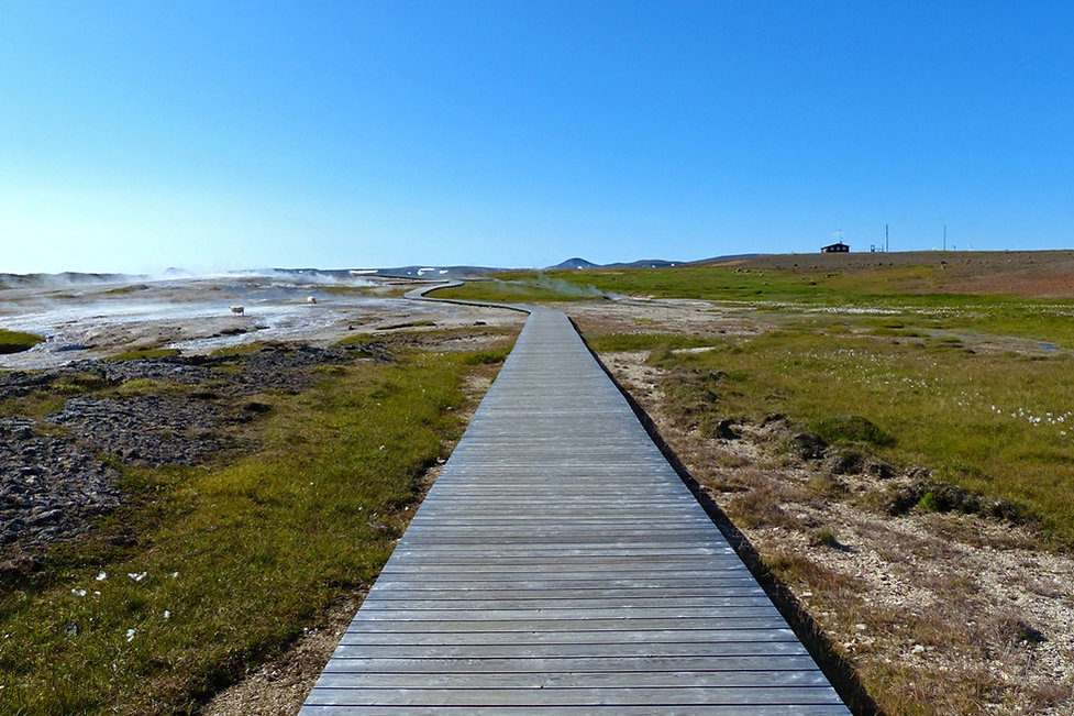 Islande zone géothermique Hveravellir ponton