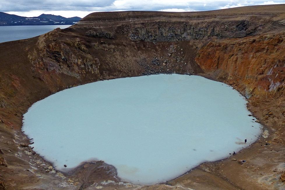 Askja caldeira volcan volcano lac bleu viti cratère crater Oskjuvatn