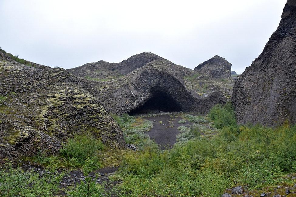 Hljódaklettar Jökulsárgljúfur formations lave colonnes basalte orgues basaltique islande iceland kirkjan église grotte