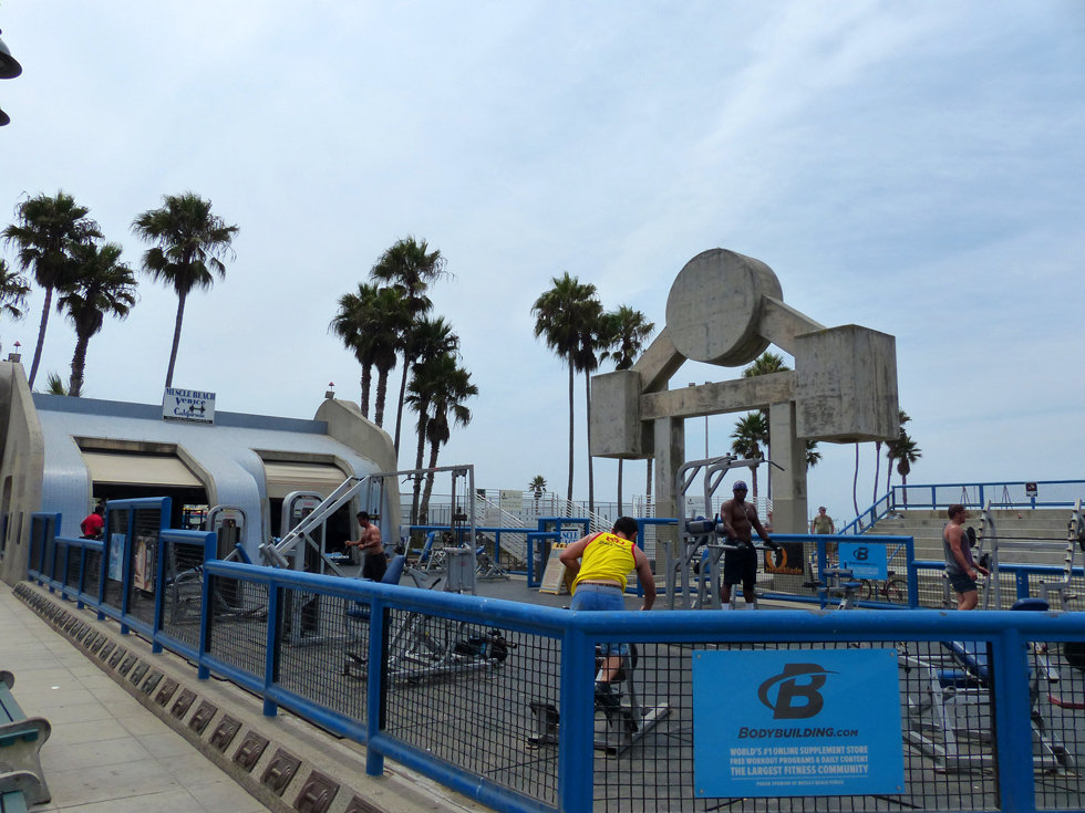Los Angeles Venice beach ocean front walk muscle beach