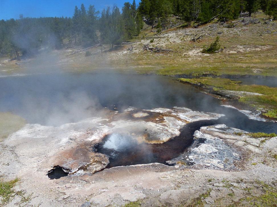 Yellowstone National Park Firehole Lake Drive Artesia Geyser