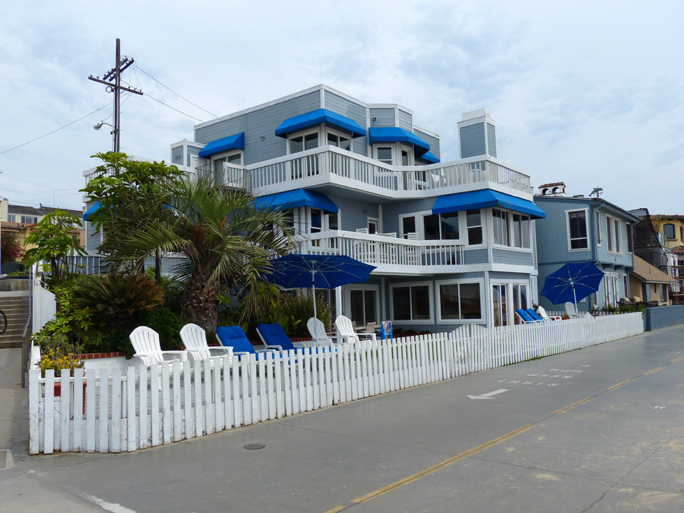 Los Angeles Hermosa Beach beverly hills 90210 house kelly donna