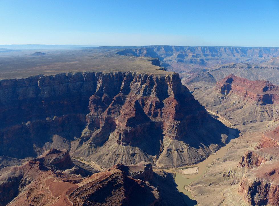 Grand Canyon survol Hélicoptère Papillon little colorado confluence