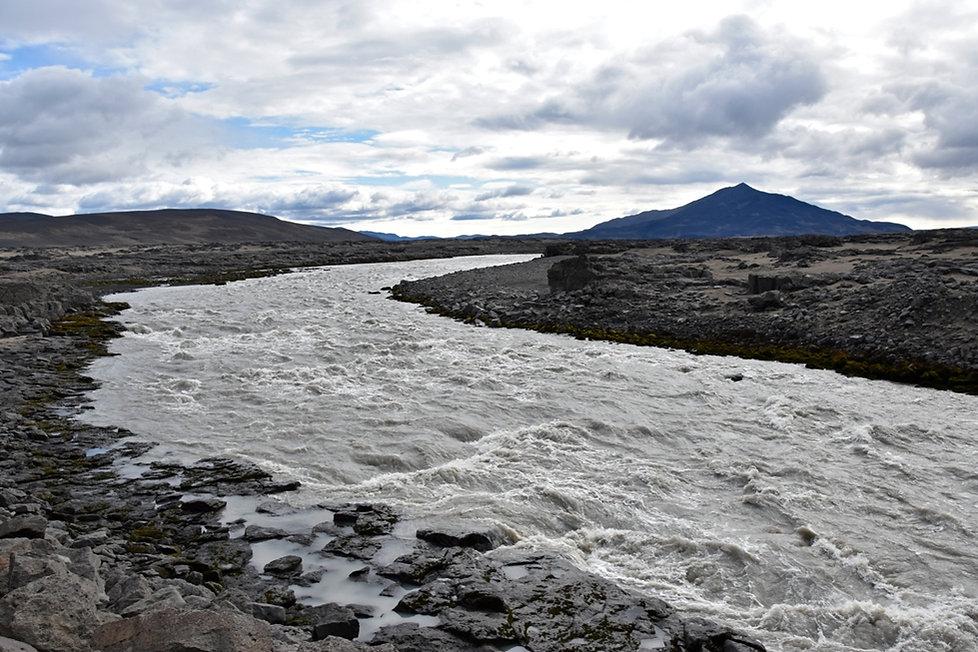 Piste F910 Askja hautes terres Kreppa rivière river Ódádahraun