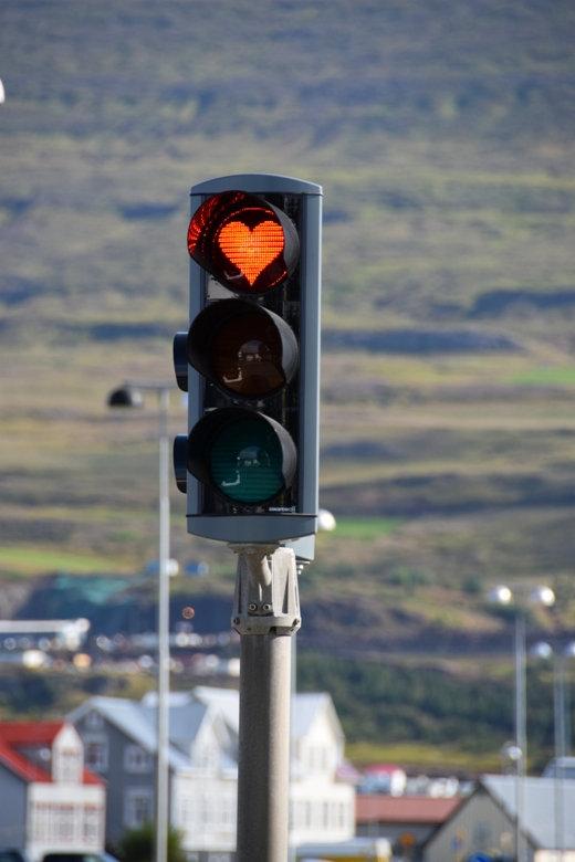 Islande - Akureyri - feu tricolore coeur