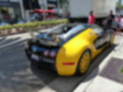 Los Angeles Beverly Hills rodeo drive buggati veyron