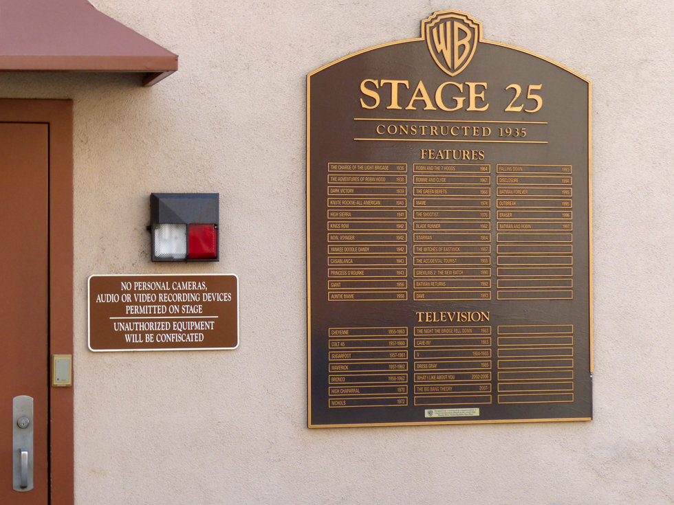 Los Angeles Burbank Warner Bros Studios stage 25