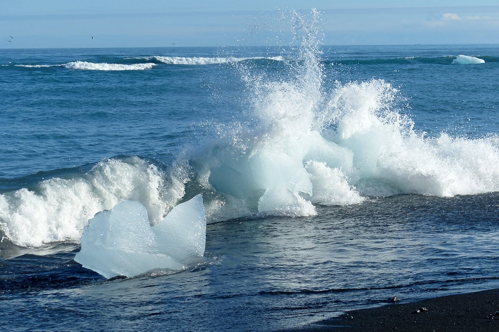 Jokulsarlon Jökulsárlón iceberg cristal crystal diamond beach plage