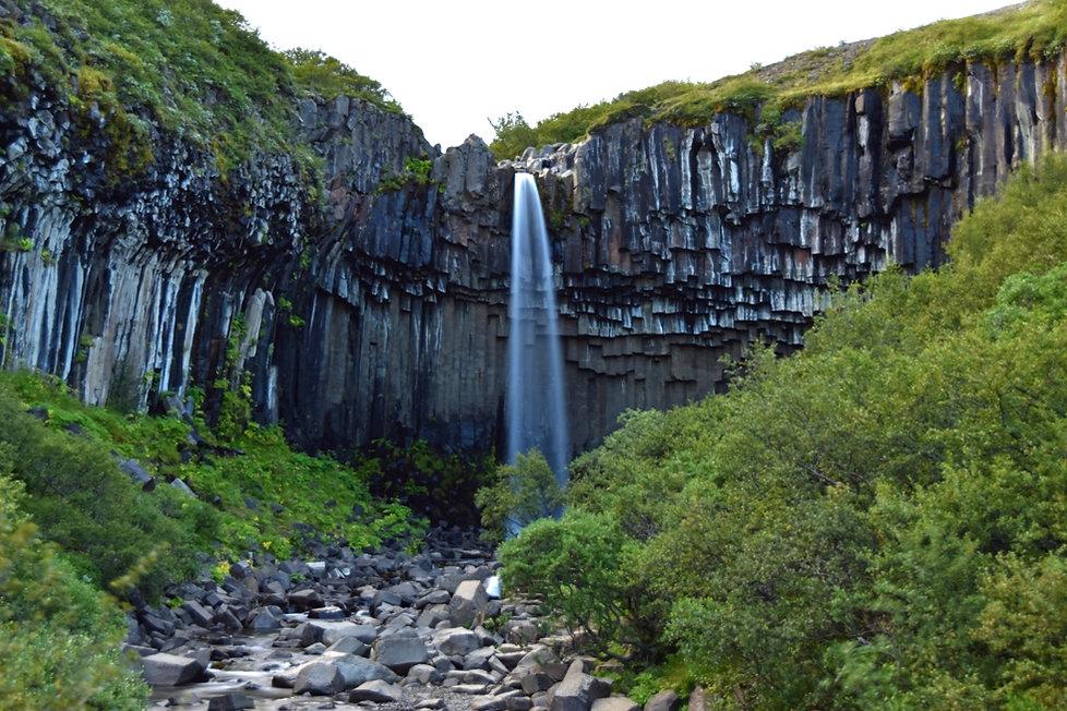svartifoss skaftafell cascade waterfall