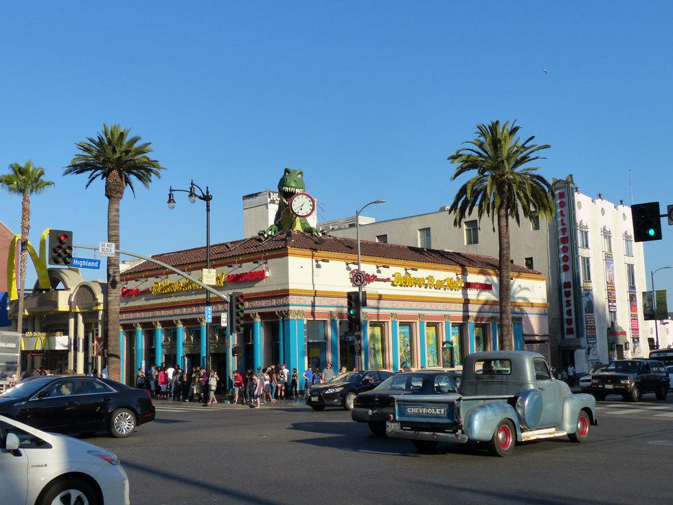 Hollywood Boulevard Belvieve or not