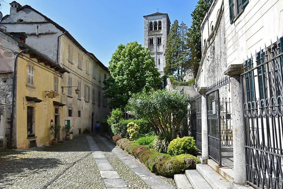 Italie Isola San Giulio basilique