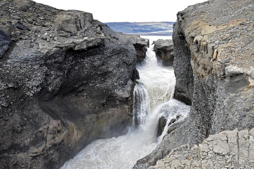 islande F335 rivière torrent cascade chute