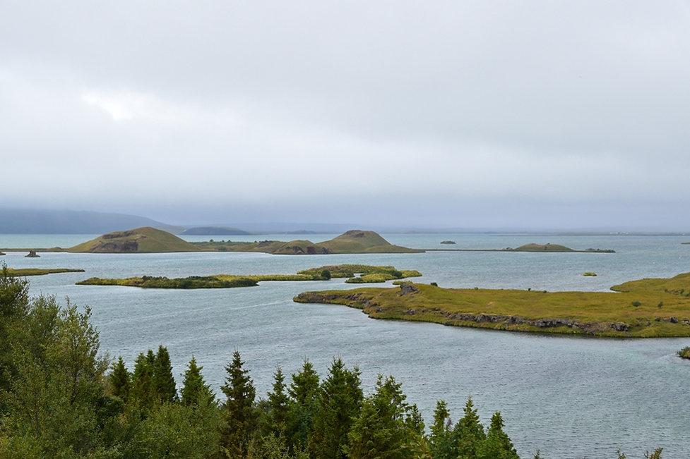 Islande Iceland Lac Myvatn Höfdi îles volcans