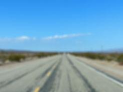 desert mojave route 66 ligne droite