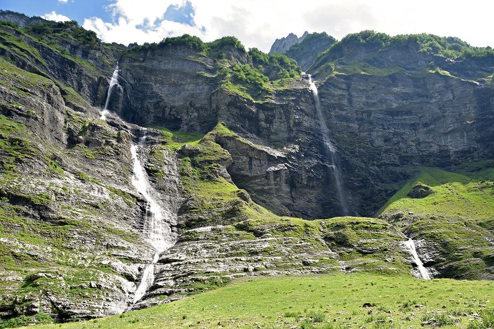 Sixt Fer à Cheval - Cirque du Fer à Cheval - Randonnée - Fond de la Combe - cascades